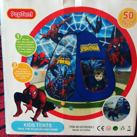 KIDS TENT WITH BALLS